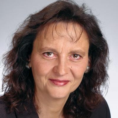 Prof. Dr. Ruth Fleuchaus